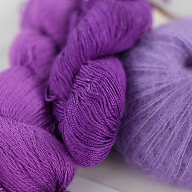 Kremke Soul Wool Garnpaket Tuch Karibikstrand Veilchenviolett