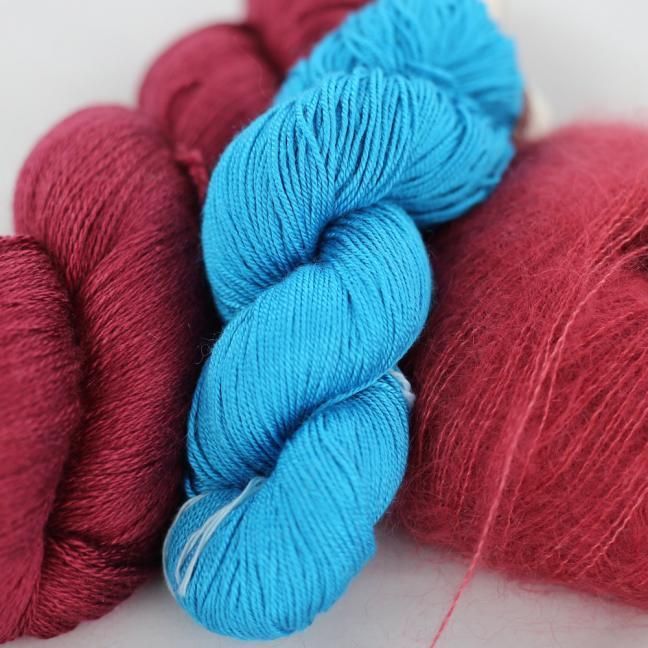 Kremke Soul Wool Garnpaket Tuch Karibikstrand Ziegelrot mit Türkis