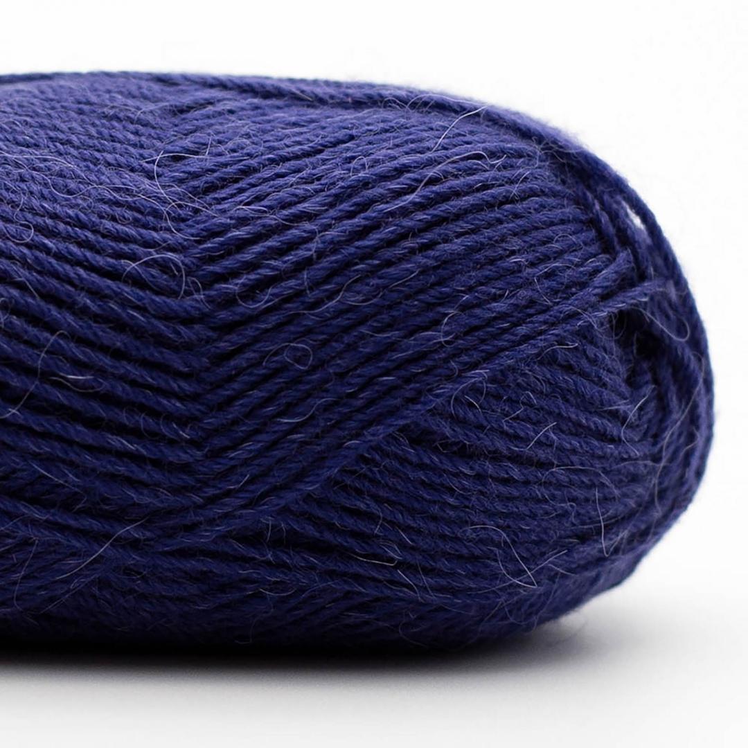 Kremke Soul Wool Edelweiss Alpaca 25 Blau-Schwarz