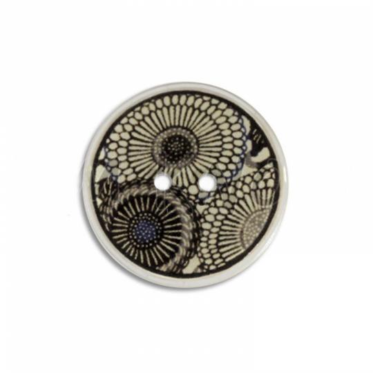 Jim Knopf Coco wood button flower motiv ecru 23mm