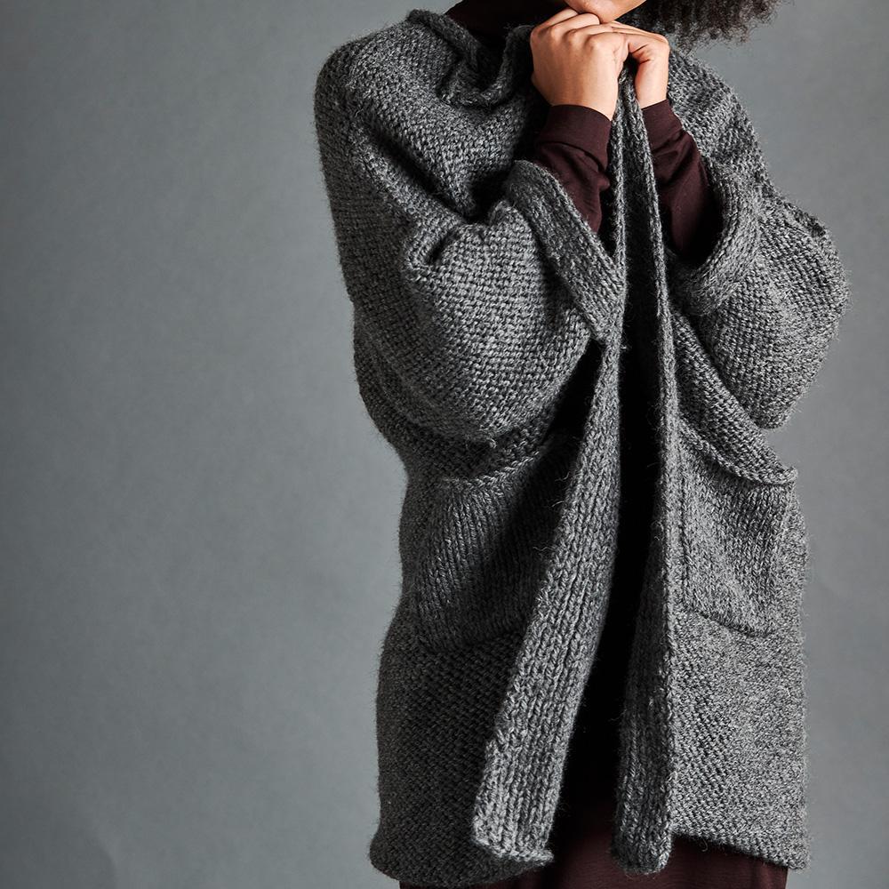 Erika Knight Pattern TRAVELLER for Maxi Wool EK0009